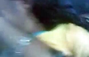 धूम्रपान गर्म किशोरों सारा वेबकैम सेक्सी मूवी फिल्म फुल एचडी में पर खुद के साथ खेलता है