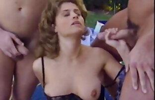 वह धीरे-धीरे उसे वह पुरुष स्ट्रोक और बालों वाली गांड से ब्लू पिक्चर सेक्सी फुल एचडी पता चलता है