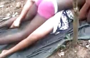 गंदा लड़कियां जंगली हो जाता है और उसे योनी के सेक्सी फिल्म वीडियो फुल एचडी साथ खेलता है